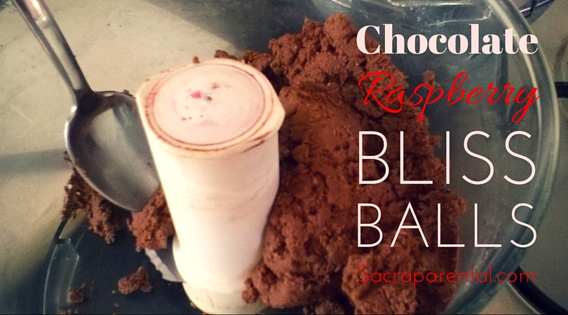 Recipe for delicious chocolate raspberry bliss balls, packed with extra protein and no junk   Sacraparental.com